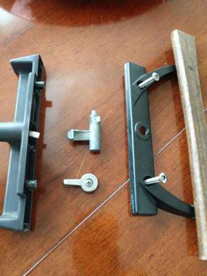 Acorn patio door handle set dissassembled