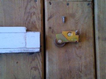 Patio door roller - aluminum door
